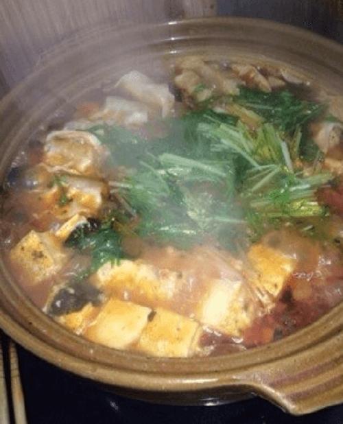 チーズトマトバジル鍋