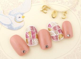 ピンクネイル